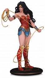 DC Comics: Cover Girls - Wonder Woman Statue by Joelle Jones