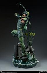 DC Comics: Green Arrow Premium Statue