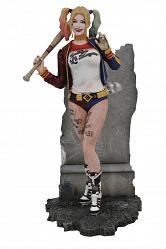 DC Comics Gallery: Suicide Squad - Harley Quinn PVC Statue