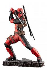 DC Comics: Deadpool Maximum Fine Art Statue