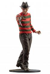 A Nightmare on Elm Street 4: The Dream Master Freddy Kruger PVC