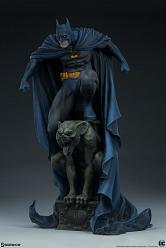 DC Comics: Batman Premium 1:4 Scale Statue