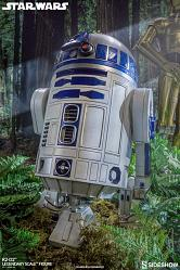 Star Wars: R2-D2 Legendary Scale Figure