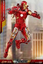 Marvel: The Avengers - Iron Man Mark VII Die-Cast 1:6 Scale Figu