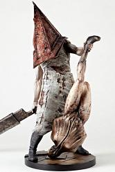 Silent Hill 2 Statue 1/6 Red Pyramid Thing 33 cm
