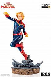 Marvel: Captain Marvel 1:10 Scale Statue