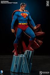 DC Comics Superman Premium Format Figure by Sideshow Collectible