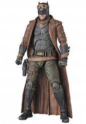 DC Comics: BVS Knightmare Batman Exclusive