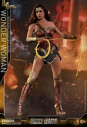 DC Comics: Justice League - Deluxe Wonder Woman 1:6 Scale Figure