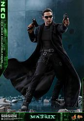 The Matrix: Neo 1:6 Scale Figure