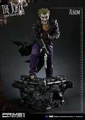DC Comics: The Joker Statue