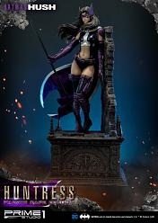 DC Comics: Batman Hush - Huntress with Fabric Cape 1:3 Scale Sta
