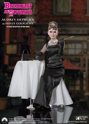 Breakfast at Tiffanys: Audrey Hepburn - Orange with Table 1:6 Fi