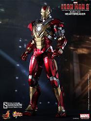 Iron Man Mark 17: Heartbreaker Hot Toys