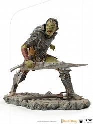 Lord of the Rings: Swordsman Orc 1:10 Scale Statue