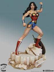 DC Comics: Super Powers Wonder Woman Maquette