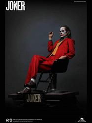 DC Comics: The Joker - Arthur Fleck 1:3 Scale Statue