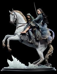 The Lord of the Rings: Arwen and Frodo on Asfaloth Statue