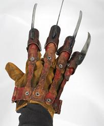 New Nightmare on Elm Street: Freddy Prop Replica Glove