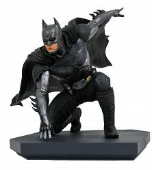DC Comics Gallery: Injustice 2 - Batman PVC Statue