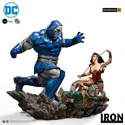 DC Comics: Wonder Woman Vs Darkseid 1:6 Scale Diorama by Ivan Re