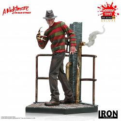 A Nightmare on Elm Street: Deluxe Freddy Krueger 1:10 Scale Stat