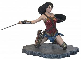 DC Comics: JLA Movie Gallery - Wonder Woman PVC Statue