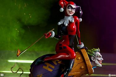 DC Comics: Harley Quinn and The Joker Diorama
