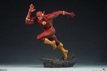 DC Comics: The Flash Premium Format Statue