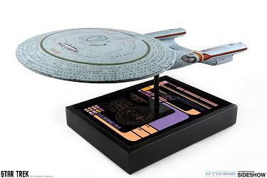 Star Trek: The Next Generation - USS Enterprise NCC-1701-D Repli