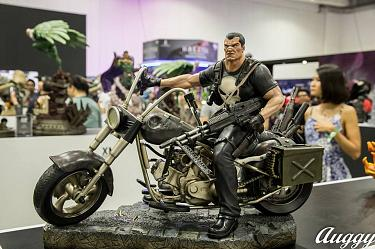 Punisher 1/4 Scale XM Studios