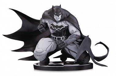 DC Comics: Batman Black and White Statue by Joe Madureira