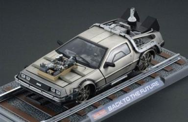 Back to the Future 3 DeLorean Railroad 1:18 Replica