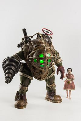Bioshock: Big Daddy and Little Sister 1:6 Scale Figures