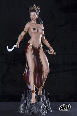 Exclusive Arkhalla Fight 1:4 Scale Statue