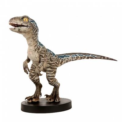 Jurassic World: Fallen Kingdom - Baby Blue 1:1 Scale Statue