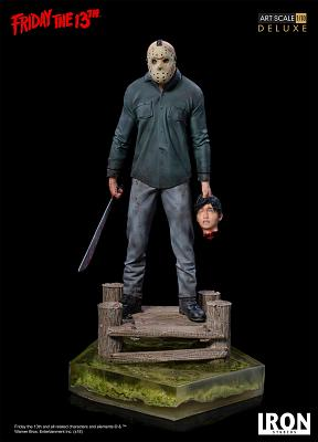 Friday the 13th: Deluxe Jason 1:10 Scale Statue