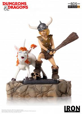 Dungeons and Dragons: Bobby the Barbarian and Uni 1:10 Scale Sta