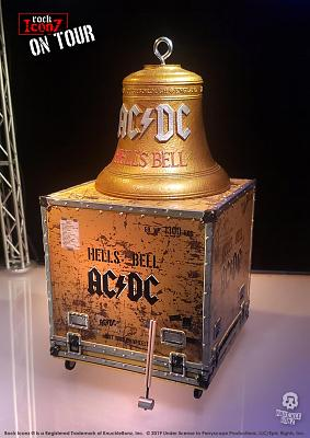 Rock Iconz on Tour: AC-DC - Hell\'s Bell Statue