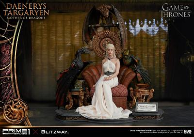 Game of Thrones: Daenerys Targaryen - Mother of Dragons Statue