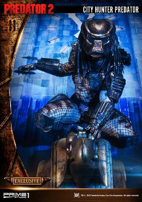 Predator 2: Exclusive City Hunter Predator Wall Art