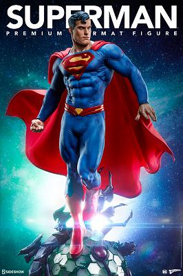 DC Comics: Superman Premium Statue
