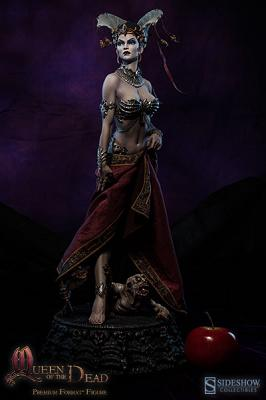 Queen of the Dead: Court of the Dead Premium Format Figure