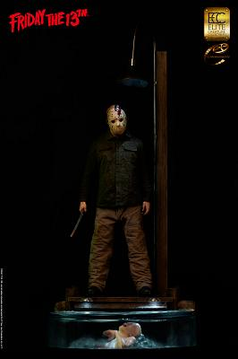 Friday the 13th: Jason Voorhees - Dark Reflection 1:3 Scale Maqu