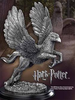Harry Potter - Buckbeak Takes Flight Zinn-Statue