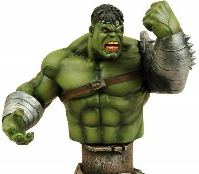 Marvel Universe World War Hulk Bust International Exclusive