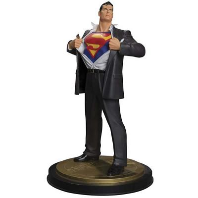 SUPERMAN - Superman Forever #1 Mini Statue