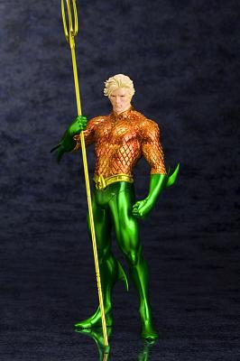 DC Comics ARTFX+ Statue 1/10 Aquaman (The New 52) 19 cm